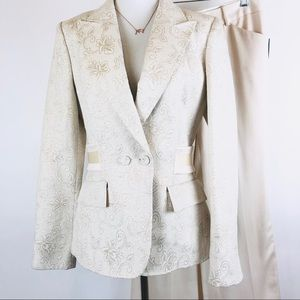 vintage Anne Klein collection ivory suit size 4